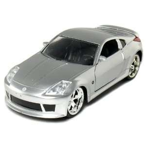 2003 Nissan 350Z 1/32 Scale DUB City (Silver) Toys