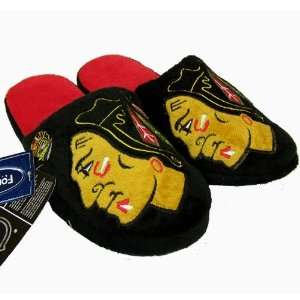 CHICAGO BLACKHAWKS OFFICIAL LOGO PLUSH SLIPPERS SIZE XL