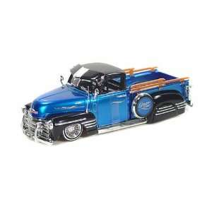 1951 Chevy Pickup Truck LowRider 2 Tone 1/24 Blue/Black