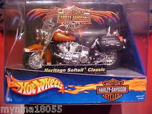 HOT WHEELS   HARLEY DAVIDSON  HERITAGE SOFTAIL CLASSIC