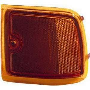 96 02 CHEVY CHEVROLET EXPRESS VAN FRONT SIDE MARKER LIGHT