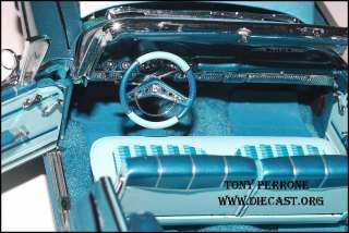 Danbury Mint 124 1959 Chevrolet Impala Convertible diecast car